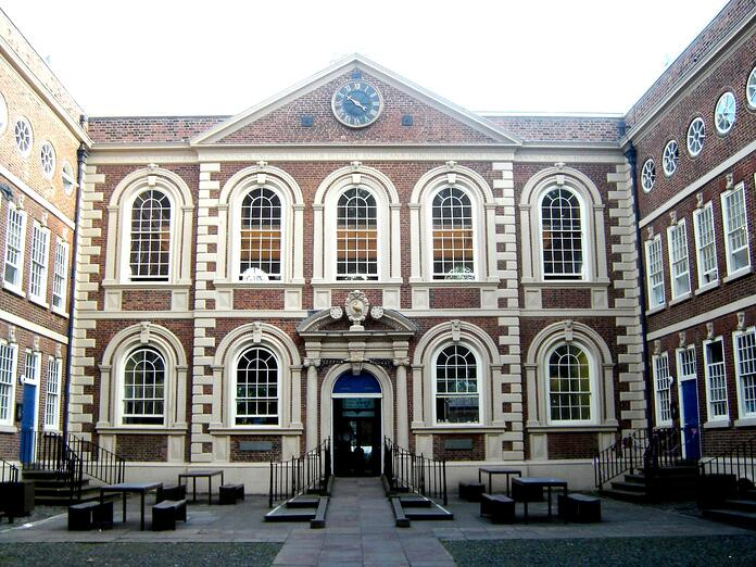 Bluecoat_Chambers_-_Liverpool.jpg