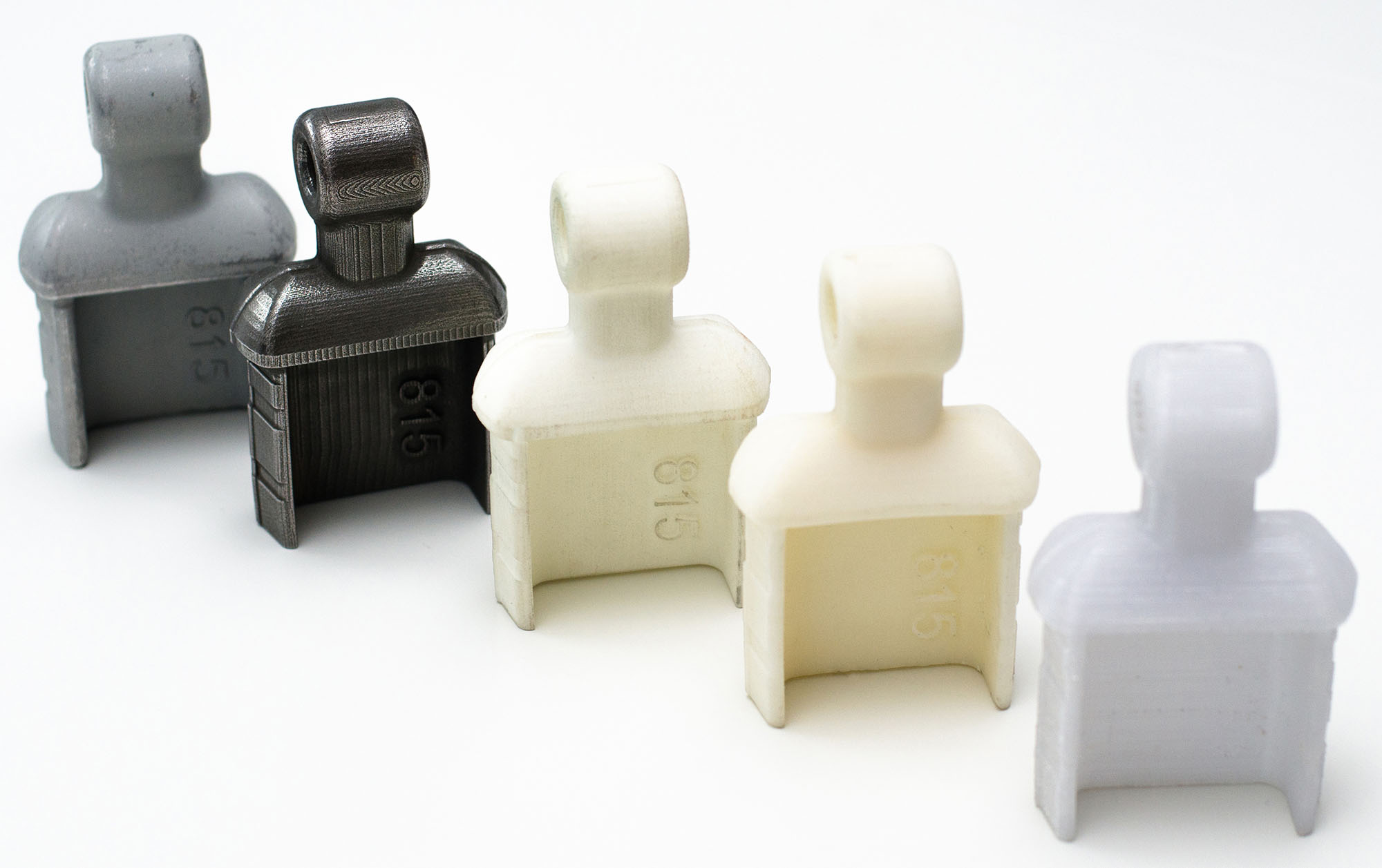 Türkomponenten 3D in verschiedenen Materialien gedruckt