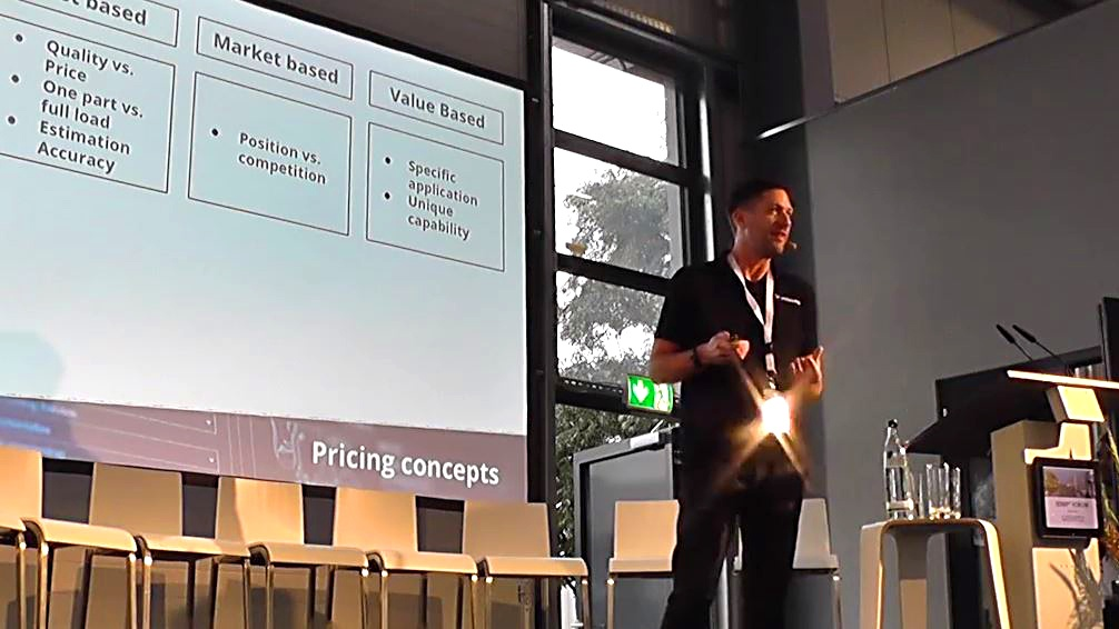 Stephan Kuehr presenting