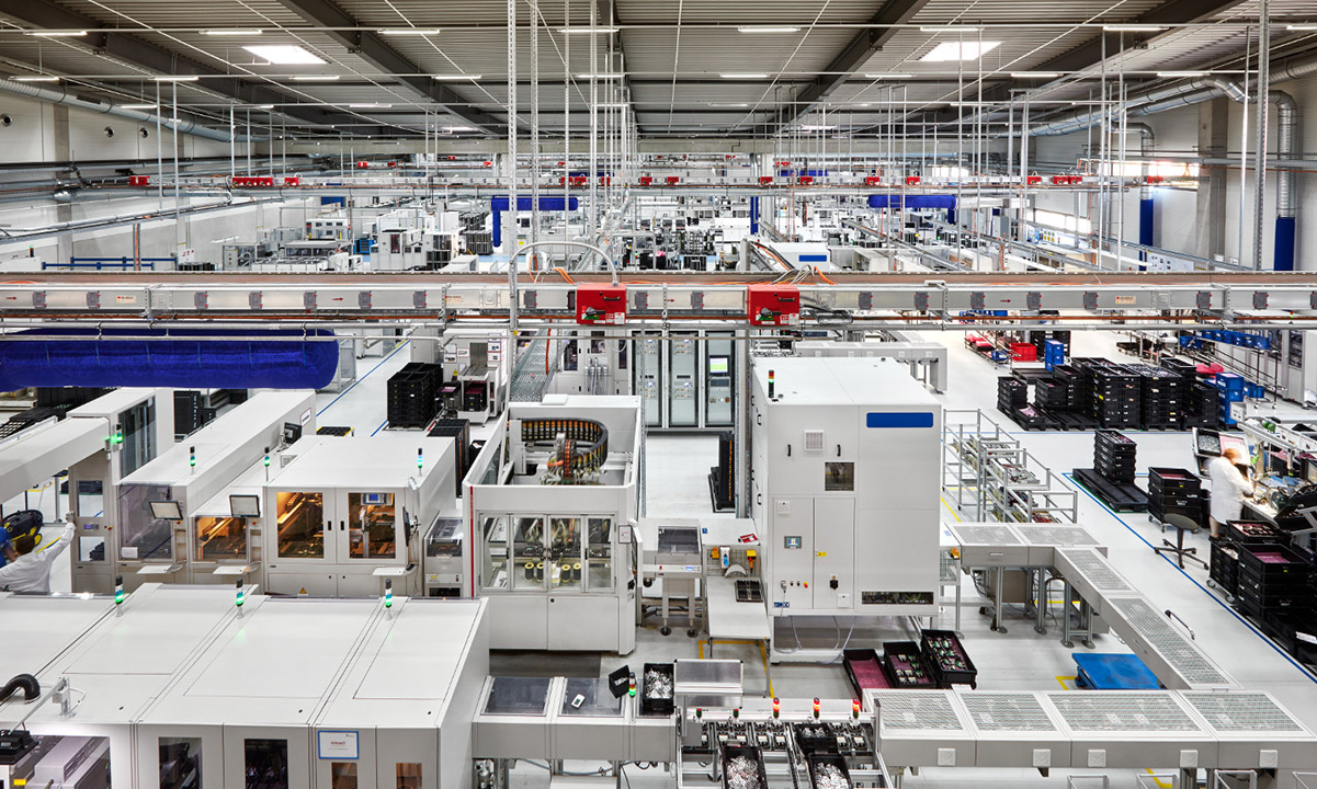 Eberspächer Production Hall for Car Electronics